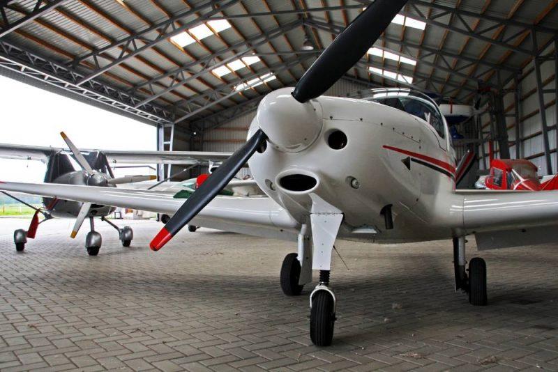 airplane database